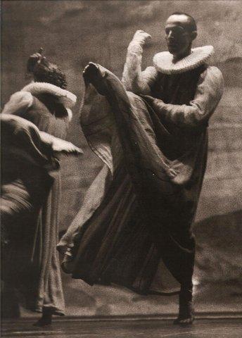 Alain Buffard & Lionel Hoche Photo Geneviève Stephenson livre La danse dans le monde 1991 editions Armand Colin France