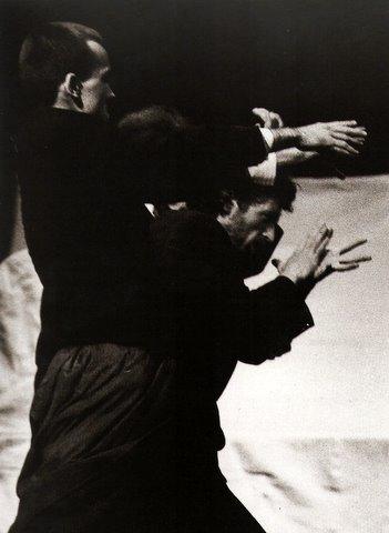 Peter Lengyel & Laszlo Rokas Hongrie Chorégraphes extrait du Beau Livre La Danse dans le Monde Éditions Les Belles Lettres Photo Geneviéve Stephenson 1991